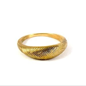 Vintage Gold Tone Simple Ring Size 6.25